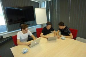 Faceup-startup