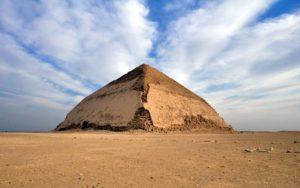 lomena-pyramida