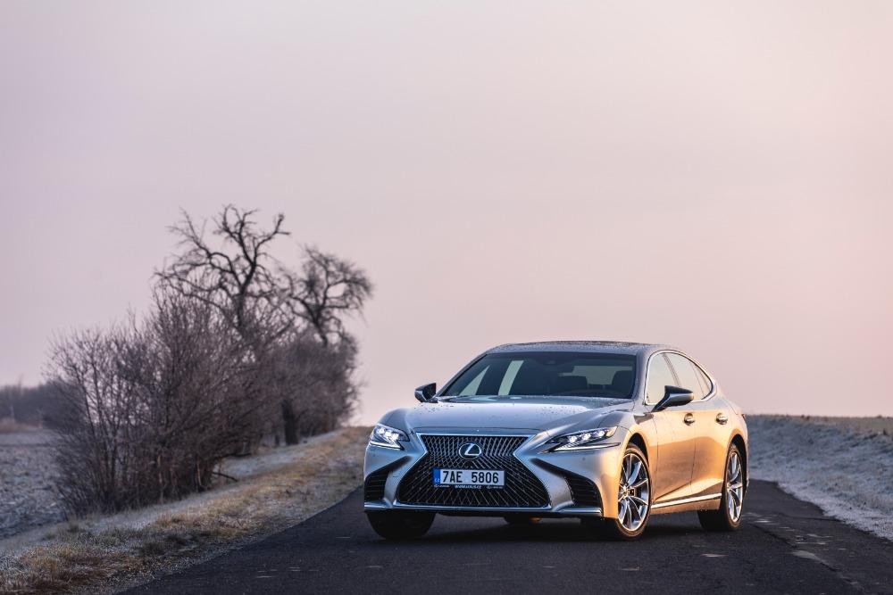Lexus_LS_500