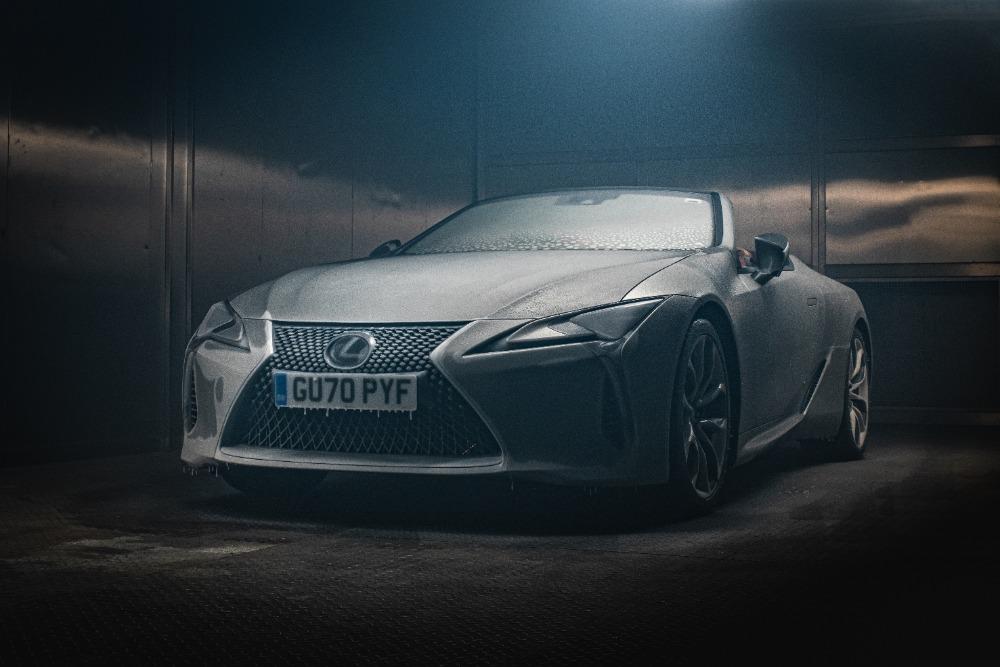Lexus-zmrzly