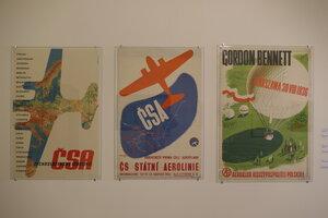 Plakáty v expozici